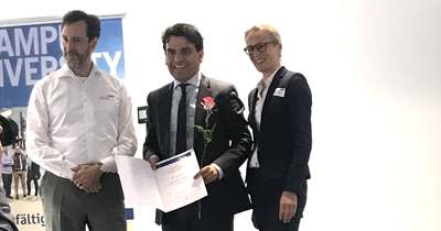 Ahmet Ünalan'a yılın öğretim üyesi ödülü verildi