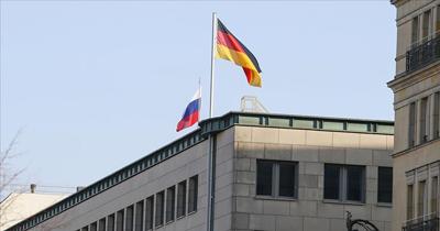 Almanya iki Rus diplomatı sınır dışı etme kararı aldı