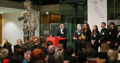 Barışa katkı ödülü Türk derneğine verildi