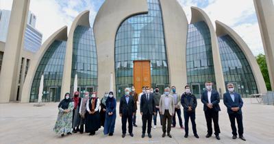 Almanya'da cami rehberi yetiştirecekler