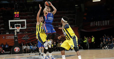 Anadolu Efes 4'lü finalde ilk defa finalde