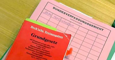 Yüksek mahkemeden Almanya'da üçüncü cinsiyete onay
