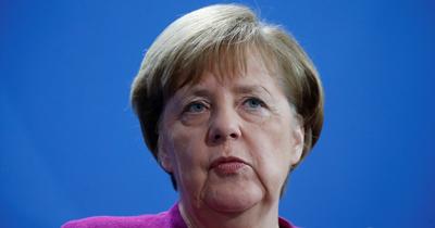 Merkel'den antisemitizm ve ırkçılık uyarısı