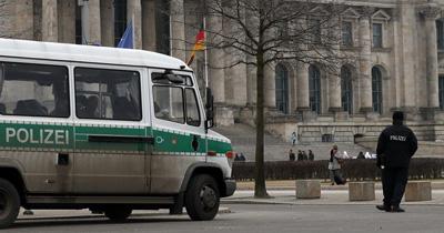 Almanya'da 6 eyalette aşırı sağcılara yönelik operasyon