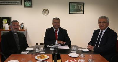 Başkonsolos Süryani Kilisesi temsilcilerini kabul etti