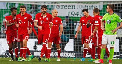 Bundesliga'da perde yeniden açılıyor