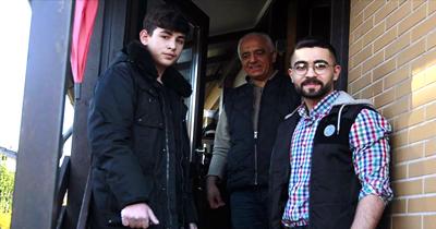 Berlin'de Müslüman gençlerden örnek davranış