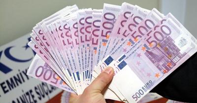 500 Euro'luk banknotlar değiştirilebilecek