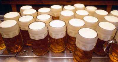 Almanya'da alkol ve sigaradan yılda 74 bin kişi ölüyor