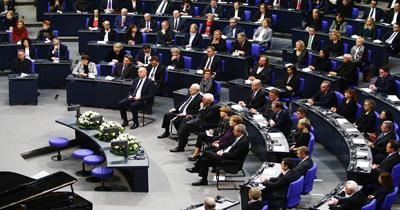 Nazi kurbanlarına mecliste anma
