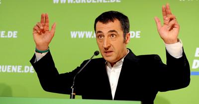 Özdemir parti başkanlığını bırakıyor