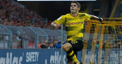 Dortmund'lu yıldızı Chelsea transfer etti