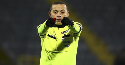Cüneyt Çakır'a UEFA'dan dev maçta görev
