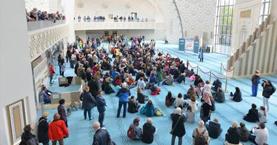 DİTİB Köln Merkez Camii'ne Almanlardan yoğun ilgi