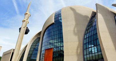 DİTİB camisine lazer ışıklı saldırı yapıldı