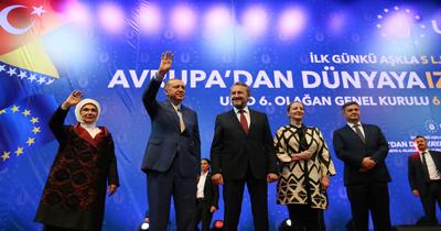 Cumhurbaskani Erdogan Saraybosna'da yapilan UETD Genel Kurulu'nda konustu