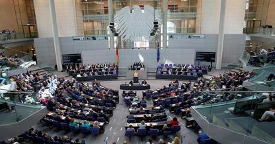 Bundestag Müslümanlara şiddeti kınadı