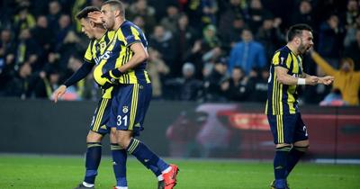 Fenerbahçe Zenit'i 1-0 mağlup etti