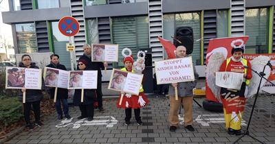 Heilbronn'da Alman Gençlik Dairesi protesto edildi