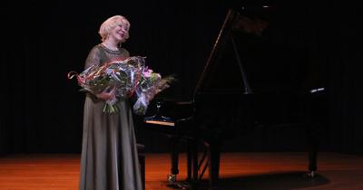 Köln'de Gülsin Onay konseri