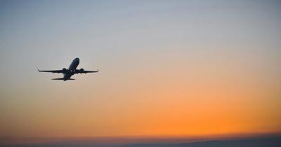 Uçuş yasağı olan ülkelerdeki yolcular için ek süre