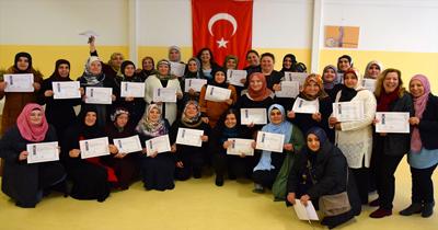 169 Türk kadın bilgisayar sertifikası aldı