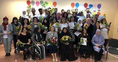 Köln'de mülteciler için diploma töreni