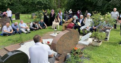 Köln'deki Müslüman mezarlığına ziyaretçi akını