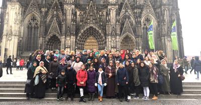 Köln'deki tarihi yerleri gezdiler