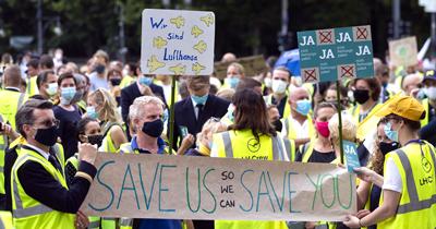 Lufthansa çalışanlarının kurtarma paketi eylemi