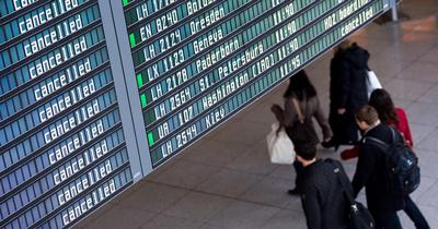 Hamburg Havalimanı'nda 72 uçuş iptal edildi