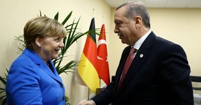 Erdoğan ile Merkel'in İran ve Libya mesaisi