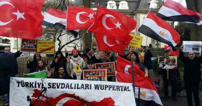 Mısır'daki idamlar Frankfurt'ta protesto edildi