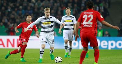 Mönchengladbach Düsseldorf'u 2-1 yendi