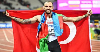 Ramil Guliyev 200 metre yarisinda dünya sampiyonu olarak tarih yazdı