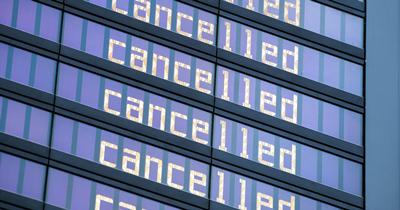 Havalimanı güvenlikçileri tekrar uyarı grevi yaptılar
