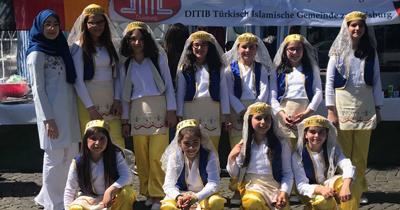 Semt festivalinde Türk kültürünü tanıttılar