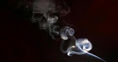 Sigara dumanında 7 bin kimyasal zehir var