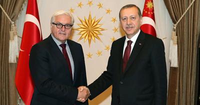 Steinmeier Erdoğan'ı tebrik etti