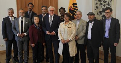 Steinmeier göçmen dernek temsilcilerini kabul etti