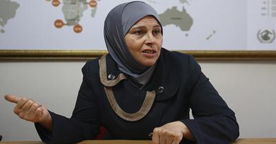 Suriyeli anne Almanya'da koruyucu aileye verilen cocugunu istiyor