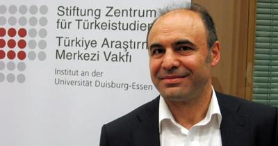 Dr. Hacı <b>Halil Uslucan</b>, atama prosedürü tamamlanarak vakıf ve üniversitedeki ... - tam0_4