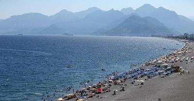 Antalya nüfusunun iki misli turist ağırladı