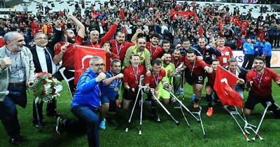 Türkiye Ampute Milli Futbol takimi Avrupa şampiyonu oldu