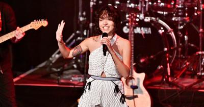Zeynep Bastık Köln'de konser verdi